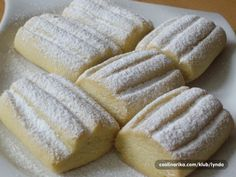 Turecké sušenky z rumunského těsta :). Vynikající, svěží a hlavně jednoduché. Biscuit Cookies, Biscuit Recipe, Cake Cookies, Croatian Recipes, Turkish Recipes, Eastern European Recipes, Kolaci I Torte, Greek Cooking, Sweet Pastries