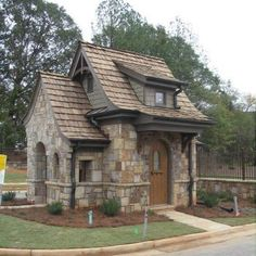 10 Inspiring and Cozy Cottage House Plans Stone Cottages, Small Cottages, Cabins And Cottages, Stone Houses, Stone Cottage Homes, Unique Cottages, Small Cabins, Storybook Homes, Storybook Cottage