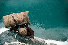 Ascension vertigineuse aux confins de la peur -Olivier Follmi