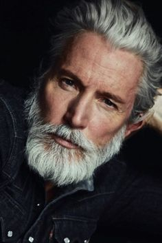 How to grow sexy beard and facial hair like models for men - Men's Fashion Ultimate Tips I Love Beards, Grey Beards, Awesome Beards, Beard Styles For Men, Hair And Beard Styles, Bart Styles, Beard Images, Beard Shampoo, Hair Shampoo