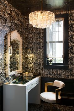 Bathroom in San Francisco Decorator Showcase by Tineke Triggs Artistic Designs For Living on Luxury Decor, Luxury Interior, Interior Styling, Interior Decorating, Contemporary Furniture, Contemporary Design, Layout, Beautiful Living Rooms, Beautiful Interiors