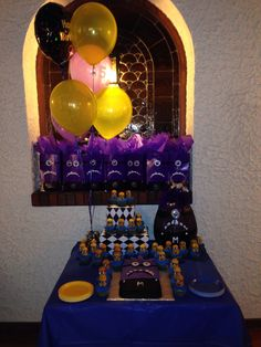 Purple minion party! Pumpkins, cake and goodie bags!