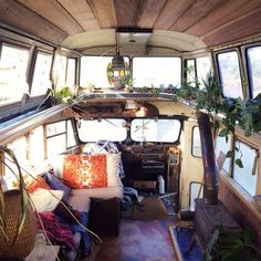 Oh my.... Look at this darling... How amazing would it be to travel in this.....