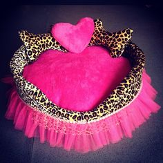 Leopard & Hot Pink Heart Shaped Bed                                                                                              ~DoggyStyle'N~