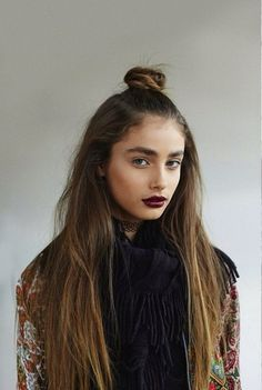dark lips, top knot