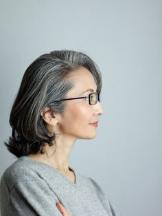 Mayuko Miyahara Gray Hair & Glasses # Over50's #grey