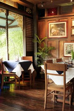 Visit Filipino Heritage Spots This Weekend Traditional Interior, Modern Traditional, Traditional House, Filipino Architecture, Philippine Architecture, Filipino Interior Design, Restaurant Interior Design, Modern Filipino House, Philippine Houses