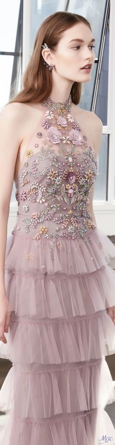 Discover thousands of images about Marchesa Notte Fall 2017 RTW Floral Fashion, Pink Fashion, Fashion 2017, Couture Fashion, Beautiful Gowns, Beautiful Outfits, Prom Dresses, Formal Dresses, Wedding Dresses