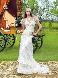 #didier #didieratelier #didiersalon #didiervencanice #vencanicedidier #venanice #bride #wedding #weddingdress #vencanje #unikatnevencanice #bridal #bridalfashion #yolancris #alcoy