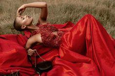 pasion roja-35  Septiembre| 01  Photography by Alejandro Lopez Styling by Lenin Perez Make Up  James Carp Drees Rosiris Miranda Bags HB Bag Models Model Sherly Herrera