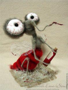 Купить Комар Кровинушка для Юлии - серый, комар, кровососущее, авторская игрушка, авторская работа, амигуруми