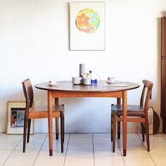 Borge Mogensen Dining Table Teak&Beech ASBJORN。素材の使い分けが特徴のダイニングテーブル。ヴィンテージのビーチ材の風合いも楽しめます。<取扱|KONTRAST>