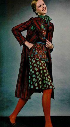 1971 Ungaro 70s designer vintage fashion classy timeless 40s feel brown red green dots coat skirt blouse