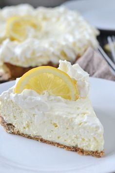 Low Carb Lemon Cheesecake | http://www.motherthyme.com