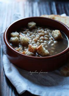Zuppa di fagioli in Purgatorio con brodo di funghi di Francesca