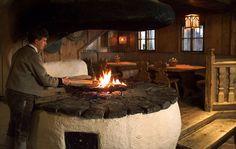 Alpine Chalet, Ski Chalet, Restaurant, Paris Apartments, Kiosk, Alps, Spaces, Traditional, Decorating