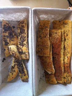 Focaccias: romero y sal gorda; y semillas de chía (chute de omega 3!!!)