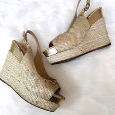 Dolce Vita Snake & Jute Peep Toe Wedges These are such a fun summer look! Show off your pedicure but keep your balance! The wedges are great for outdoor events; no more heels stuck! These show some wear: there are some lightly discolored areas near sole on jute. Otherwise no major flaws! Dolce Vita Shoes Wedges
