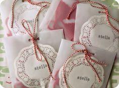 Tiene: Geboortekaartje en suikerbonen Stella