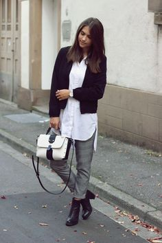 c188ef0f36898 gray glencheck pants and white blouse with black jacket