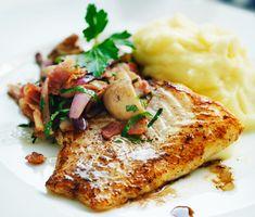 Smörstekt torsk med champinjoner och bacon | Recept ICA.se