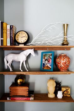 I want to pare back my ornaments/knick-knacks so the special ones stand out more #stylecure
