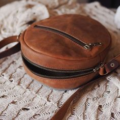 "Сумка кросс-боди ""Воздух"" Leather Bags Handmade, Handmade Bags, Leather Bag Pattern, Small Leather Bag, Shoulder Purse, Beautiful Bags, Wallets For Women, Mini Bag, Fashion Bags"