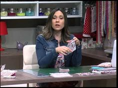 Porta tarjetas - YouTube Youtube, Sewing, Wallets, Art Corner, Rolodex, Bags, Coin Purses, Tutorials, Patterns