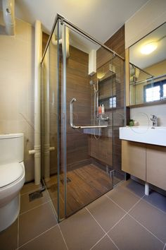 Bathroom ideas shaving cabinets floating shelves for Hdb bathroom ideas