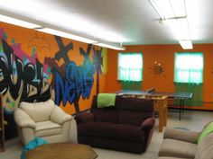 youth room decorating ideas   MEET OUR NEW SR. HIGH YOUTH ROOM!   Roselle United Methodist Church ...