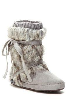MUK LUKS Tonal Faux Fur Wrap Knit Trim Boot