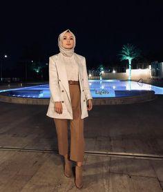 Hijab Casual, Modest Fashion Hijab, Modern Hijab Fashion, Muslim Women Fashion, Street Hijab Fashion, Hijab Fashion Inspiration, Islamic Fashion, Hijab Chic, Hijab Fashionista