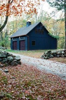 Garage Guest House, Barn Garage, Garage Loft, Garage Shop, Garage Plans, Garage Ideas, Work Shop Building, Building A Garage, Backyard Barn