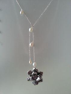 Diese wunderschöne Halskette ist meine Interpretation der rose Halskette getragen von Natalie Dormer Darstellung Margaery Tyrell in Spiel