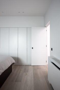 Wardrobe for master bedroom Bedroom Closet Design, Bedroom Wardrobe, Wardrobe Doors, Home Bedroom, Master Bedroom, Bedroom Decor, Home Interior Design, Interior Architecture, Built In Furniture