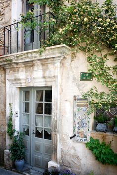 Provence charm in Joucas.