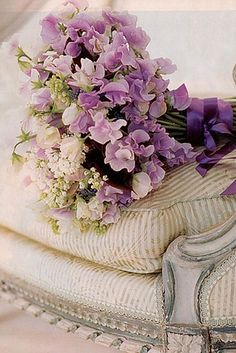 love these lavender sweet peas
