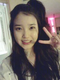 IU puts on amazing dance performance on MBC's Sebakwi My Girl, Cool Girl, Kim So Eun, Aesthetic Eyes, Kdrama Actors, Ailee, She Song, Evening Primrose, Little Sisters