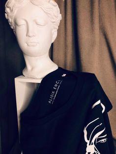 Adauga in garderoba de zi cu zi si tricourile stylish din bumbac organic. ❤️ Cumpara online piesele tale preferate din colectia casual romanesc Casual Wear, Sweatshirts, Sweaters, T Shirt, How To Wear, Fashion, Casual Outfits, Supreme T Shirt, Moda
