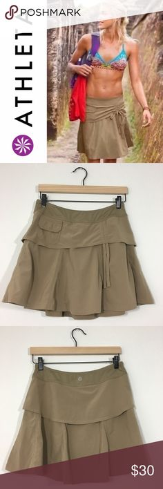 """Athleta Wherever Skort ✔️86% Polyester•14% Spandex ✔️Built-In Shorts ✔️Excellent Used Condition!  ✔️Shorts are Marked as 4P, but I'm 5'5"""" and it's a perfect sporty length Athleta Shorts Skorts"""