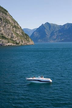 RIO 32 BLU on Iseo lake (Italy)