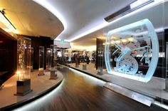 """Richard Mille opens in Singapore new showroom store concept The store includes a """"watchmakers' workshop"""" and a cluster of 24 display cases, showcasing Richard Mille's spectacular works of art"""