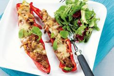 Texmex-suippopaprikat Tex Mex, Vegetable Pizza, Tacos, Vegetables, Ethnic Recipes, Food, Meal, Eten, Vegetable Recipes