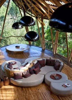 Sustainable Bamboo Tree House In Bali - This home also features a library, spa, living room, bathroom and much more.