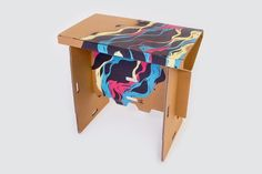 Refold Is A Foldable, Portable, 100% Recyclable Cardboard Standing Desk That Cost Less Than $130 ~ Modernistic Design