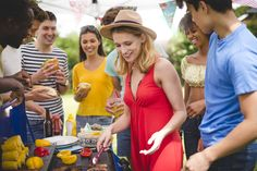 Healthy barbecue ideas from vegetarian options to corn on the cob and low calorie chicken marinade Church Fundraisers, Chicken Marinades, Group Of Friends, Vegetarian Options, Hot Dogs, Barbecue, All Star, Celebrities, Healthy
