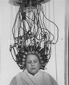 Woman at hairdressing salon getting a permanent wave.  Photo: Alfred Eisenstaedt.  Credit: Time & Life Pictures/Getty Images