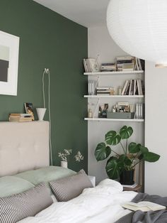 A simple, soothing, botanical green bedroom makeover - the reveal! Green And White Bedroom, Green Bedroom Walls, Green Master Bedroom, Bedroom Wall Colors, Room Ideas Bedroom, Bedroom Color Schemes, Home Decor Bedroom, Green Bedroom Design, Green Bedroom Decor