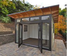 The original Studio Shed. From simple storage to studio spaces with lifestyle interiors, it's the backyard shed. Design and build your own backyard room from Studio Shed today. Backyard Office, Backyard Studio, Backyard Sheds, Garden Office, Garden Studio, Backyard Retreat, Studio Shed, Home Studio, Studio Studio