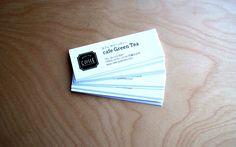 大事なお店の名刺。覚えてもらうために、そして思い出してもらうために一工夫したいですね。 Cards Against Humanity